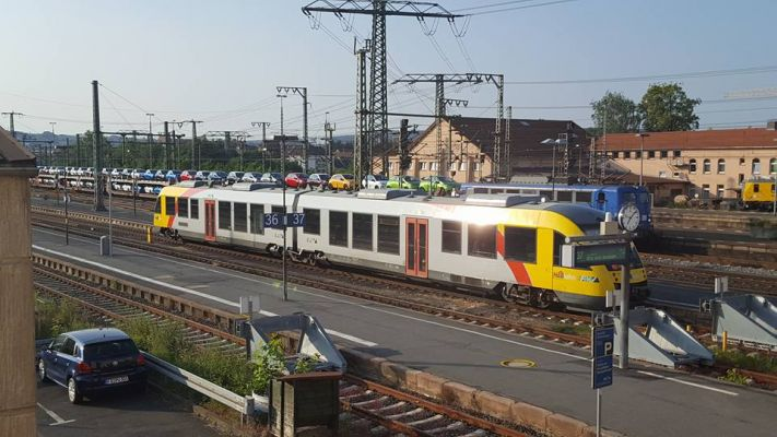 Click to view full size image  ==============  Trains in Fulda City Trains in Fulda City Keywords: Trains in Fulda City